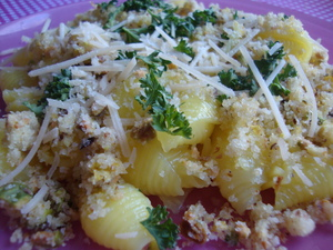 glutenfreepastawithbreadcrumbgremolata.JPG