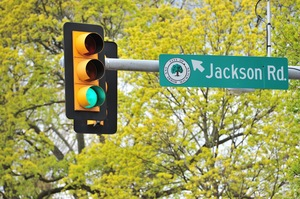 Jackson_Avenue_041112_b.jpg