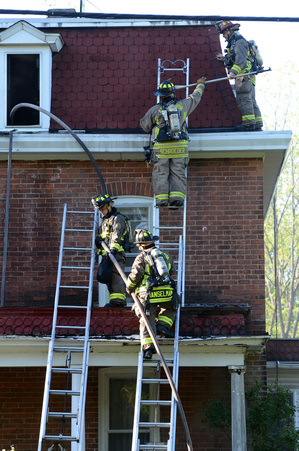 051112_NEWS_Madison_Fire_MRM_01.jpg