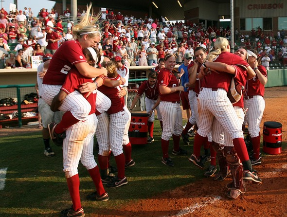 UM_Softball_Alabama_1.jpg
