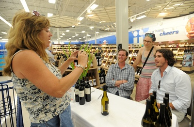 062812-AJC-the-bachelor-at-meijer-01.jpg