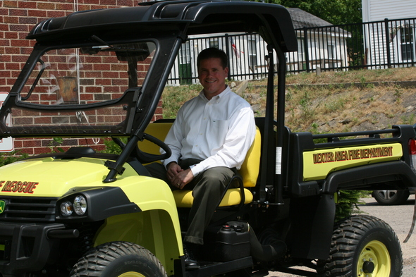 Jim Seta in new gator.JPG