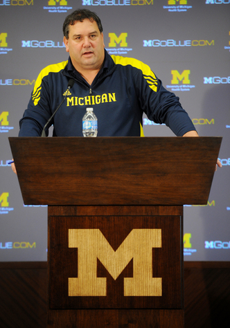 UMFB_Hoke_Podium_SigningDay.jpg