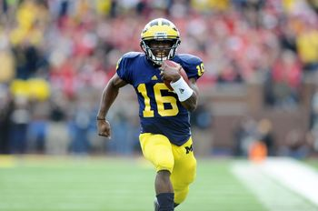 UMFB_OSU_Denard_Robinson.jpg