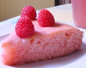 raspberrycakeslice.JPG