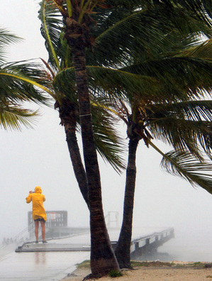 082712_TROPICAL-STORM-ISAAC.JPG