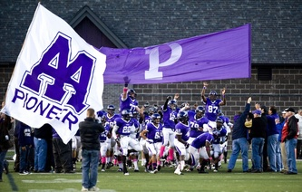 pioneer-team-football-warren.jpg