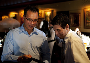 09092012_BIZ_ChopHouse_Tablets_DJB_05.JPG