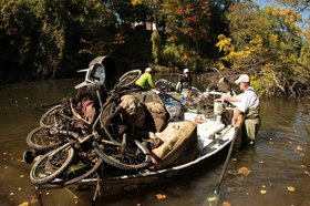 091012_HURON-RIVER-CLEAN-UP.jpg