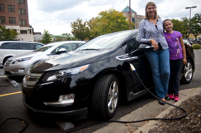 09202012_Chevy-Volt-Vicki-Ringold.JPG