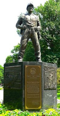 0924ov Coal Miners monument in West Virginia.jpg