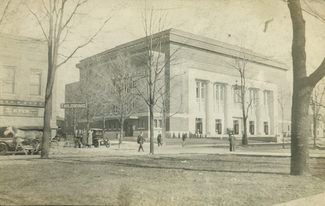 Thumbnail image for hill_auditorium_1.jpg