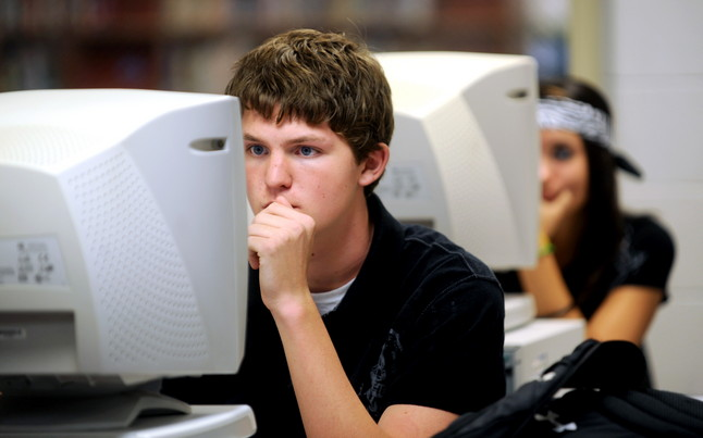 students-on-computers-2.JPG