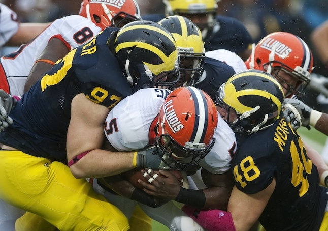um-football-illinois-tackle.jpg