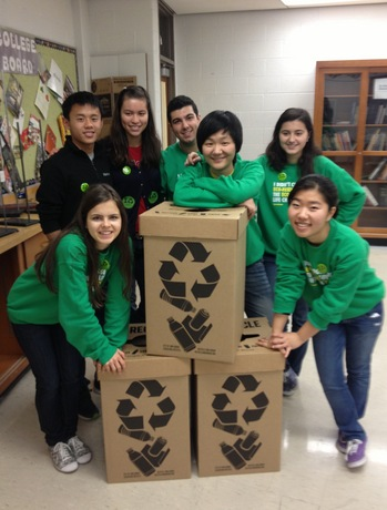 HuronGreenTeamrecyclebins2.jpg