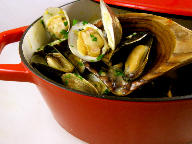 Curried Mussels and Clams with Lemongrass and Coconut Milk - festive ...