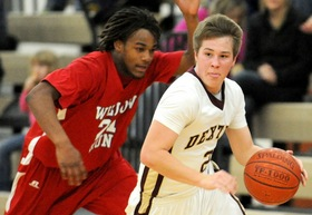 dexter-basketball-brandon-bellottie.JPG