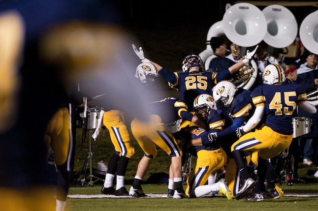 saline-football-pioneer-2012-2.JPG