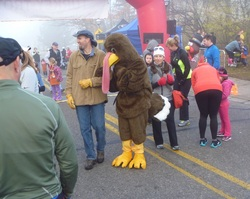 turkey-trot-mascot.jpg