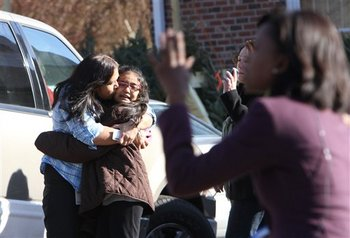 121412_CONNECTICUT-SCHOOL-SHOOTING.JPG