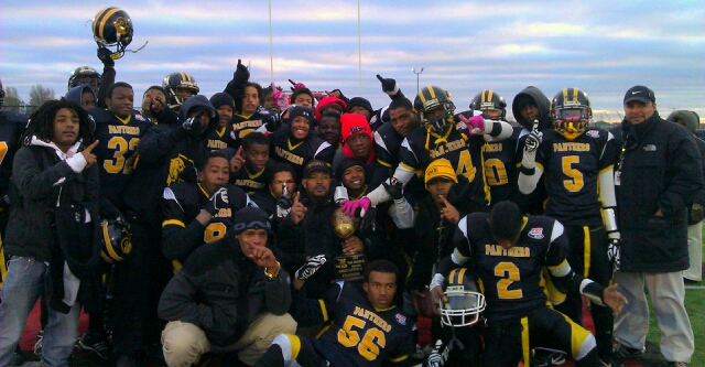 Ypsilanti Panthers Midget Team Championship Photo 2012.JPG