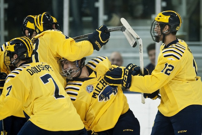 michigan-western-hockey-celebration.JPG
