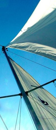 0104ov sails askew.jpg