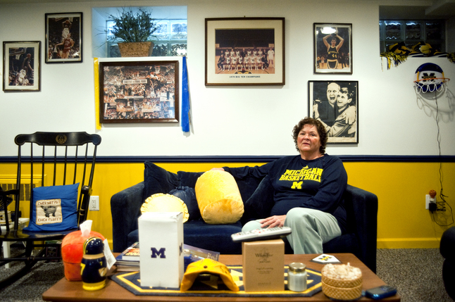 Ann Arbor woman attends home and away U-M basketball games for 39 years