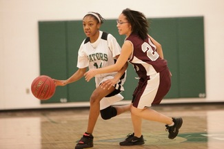 alonna-ray-davis-arbor-prep-girls-basketball.JPG