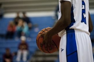 lincoln-boys-basketball-2013.JPG