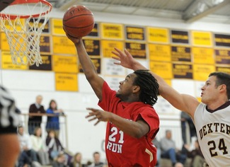 nyshawun-marks-willow-run-boys-basketball.JPG
