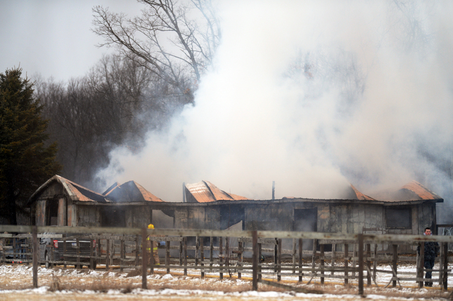 031913_NEWS_Barn_Fire_MRM_01.jpg