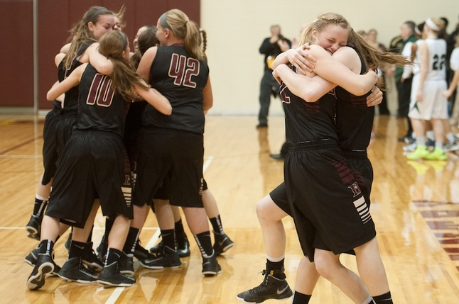 dexter-girls-basketball-celebration031213.JPG