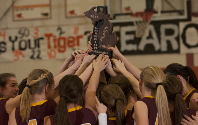 manchester-girls-basketball-celebration-030713.JPG