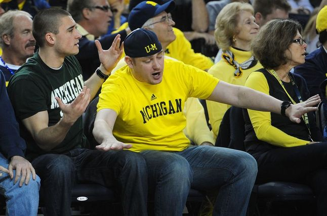 michigan-msu-fans-coexist.jpg