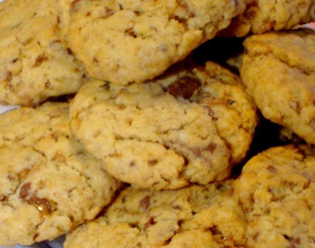 oatmealchocolatetoffeecookies.jpg