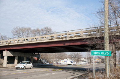 041513_FORD-BLVD-BRIDGE.jpg
