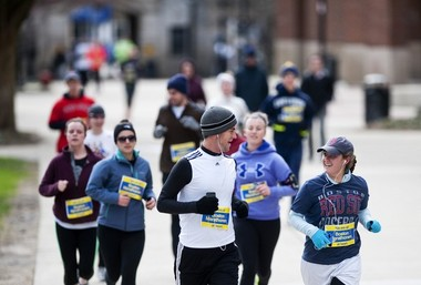 04202013_NEWS_Run_BostonMarathon_DJB_0088_display.JPG