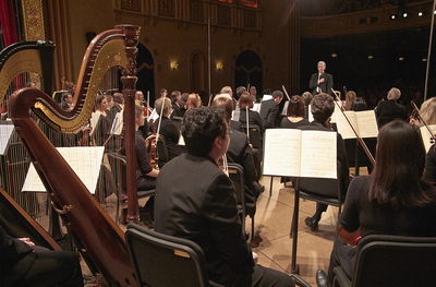 A2_MG_3181 Arie's heartfelt acknowledgment to orchestra.jpg