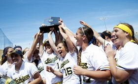 big-tentrophy-cele-michigan-softball.JPG