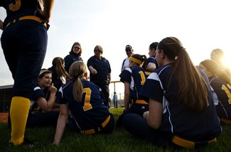 saline-softball-04292013.jpeg