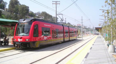 San_Diego_light_rail.jpg
