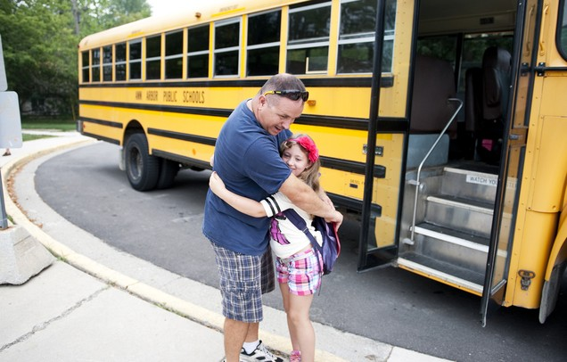 09042012_NEWS_Back_To_School_Buses_DJB_07_display.JPG