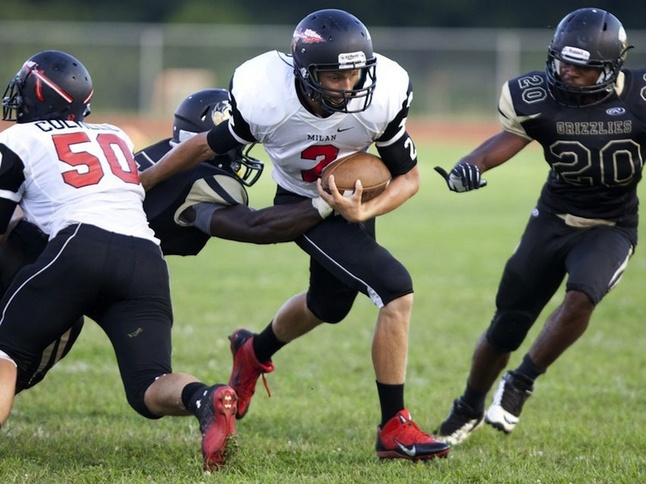 milan-ypsilanti-football-phifer.jpg