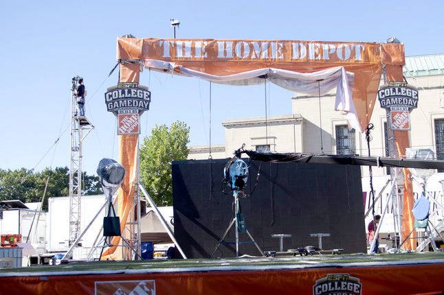 090513_NEWS_ESPN_GAMEDAY_PR02.jpg
