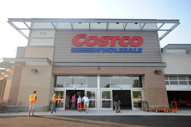 Open Store Doors costco opening draws hundreds to sample food and shop for discounts