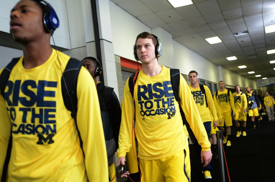 Images From The Michigan Vs Syracuse Final Four Game In Atlanta