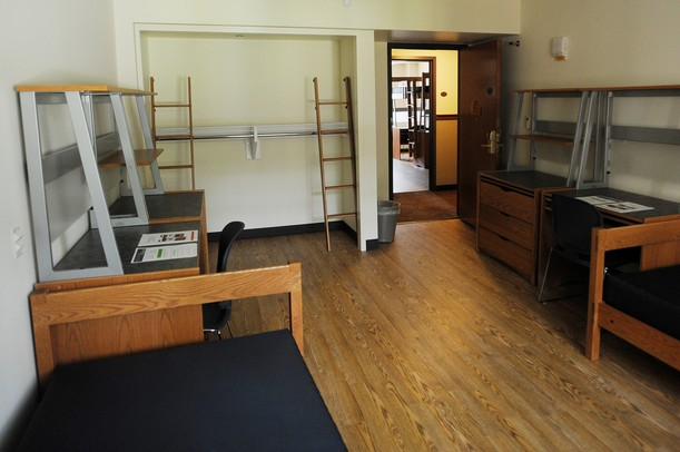 A Double Dorm Room Includes Modular Systems Like These That Are Made Up Of  A Desk, Dress And Bed That Can Be Turned Into A Loft.