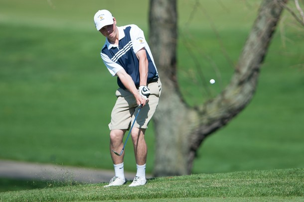 Saline Pioneer Stay Perfect In Sec Boys Golf With