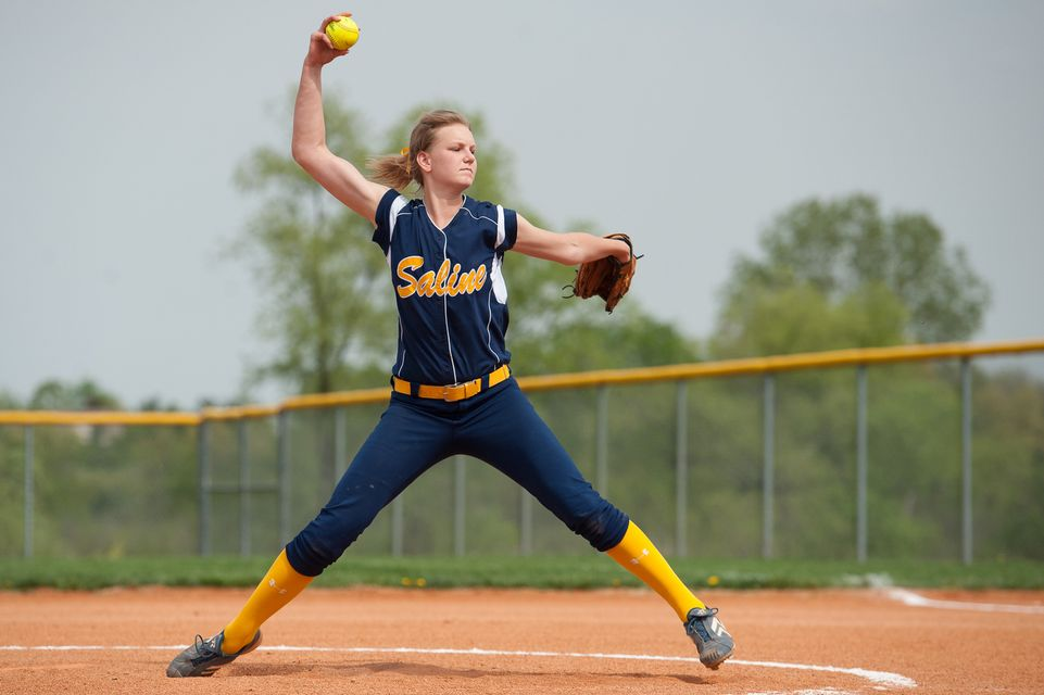 Saline Softball Goes To 19 1 On Year With Sweep Of Lincoln